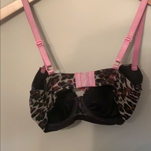 Betsey Johnson Intimates & Sleepwear - Betsey Johnson leopard 🐆print bra!!!!